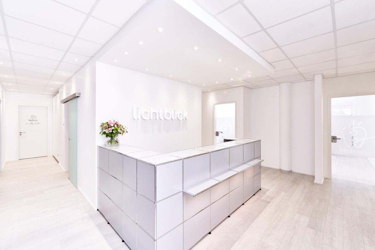 Empfang in der Zahnarztpraxis Lichtblick in Zirndorf